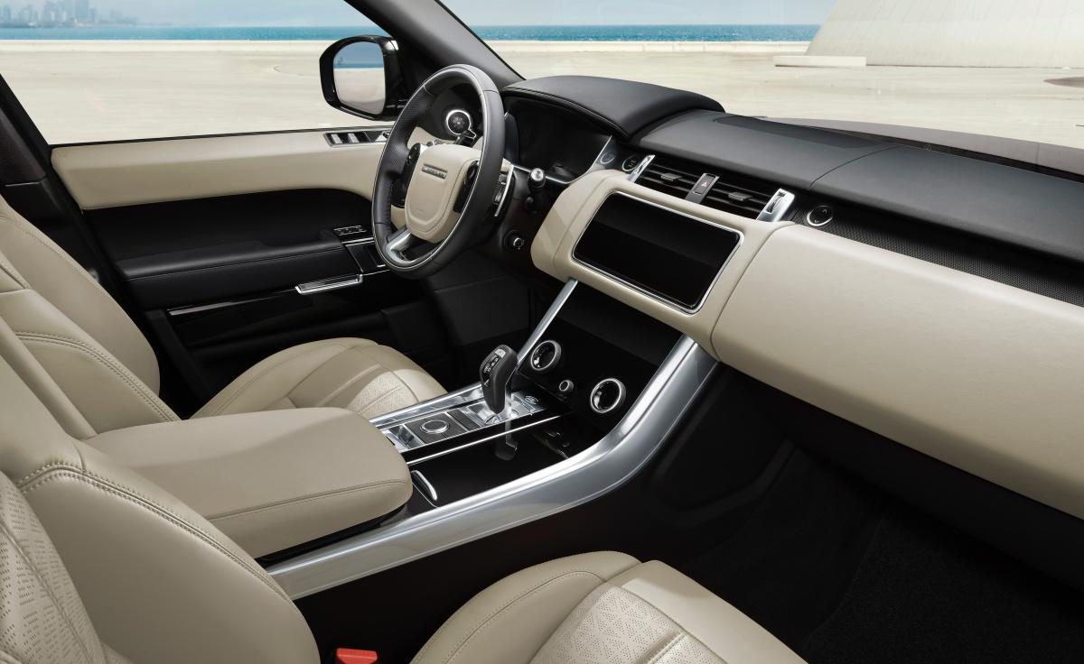Le Range Rover Sport offre un environnement intérieur exclusif
