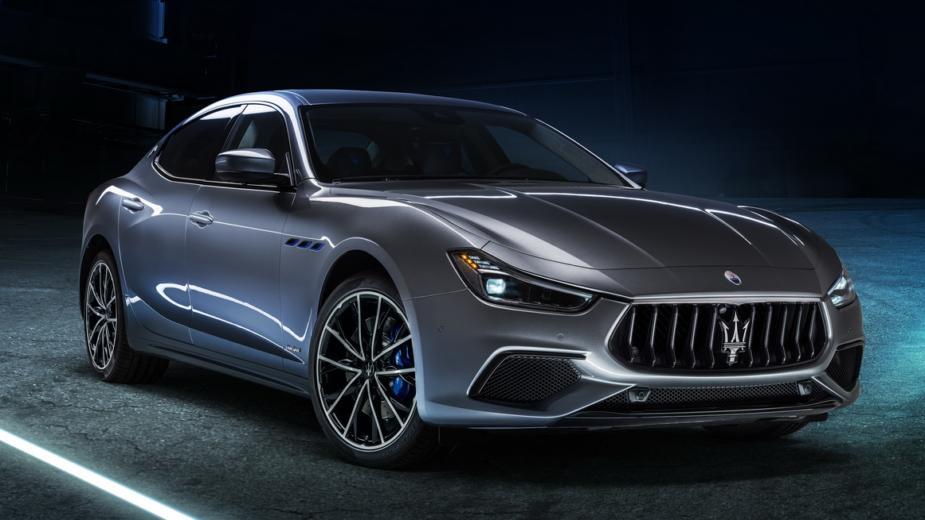 Ghibli Hybride. L'électrification Chez Maserati Commence Avec Un 4 Cylindres