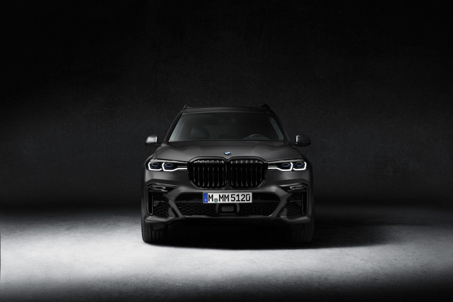 BMW X7 Édition Dark Shadow