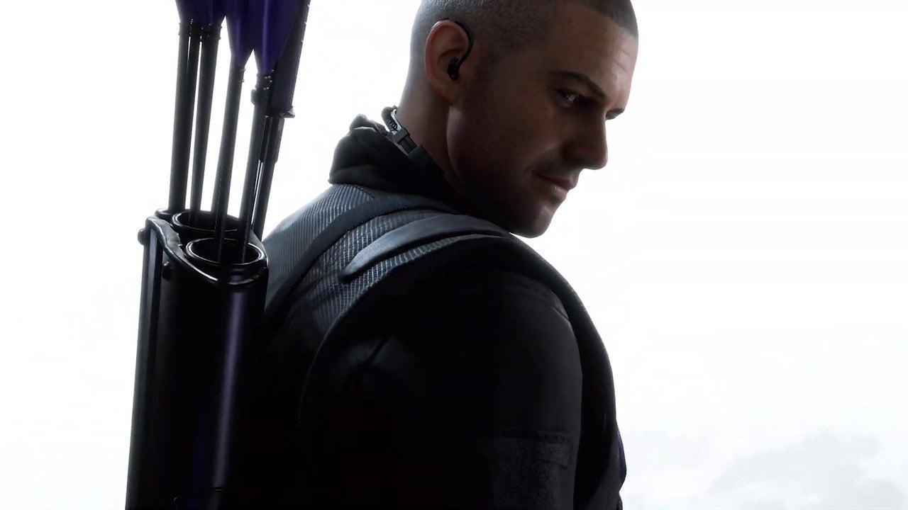 Marvel's Avengers Présente Hawkeye Comme Le Premier Héros Post Lancement