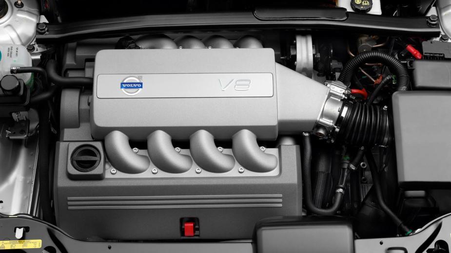 Le Dernier De… Volvo Avec Un Moteur V8