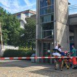 Homme Attaqué Et Blessé: Un Suspect Retranché Sur Le Toit