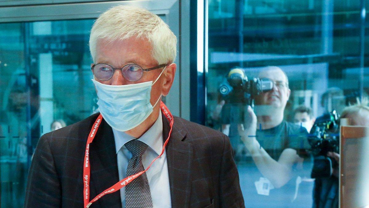 Le Tribunal Confirme L'exclusion: Sarrazin S'envole Du Spd