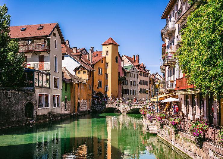 Le Vieux Annecy Et Son Lac