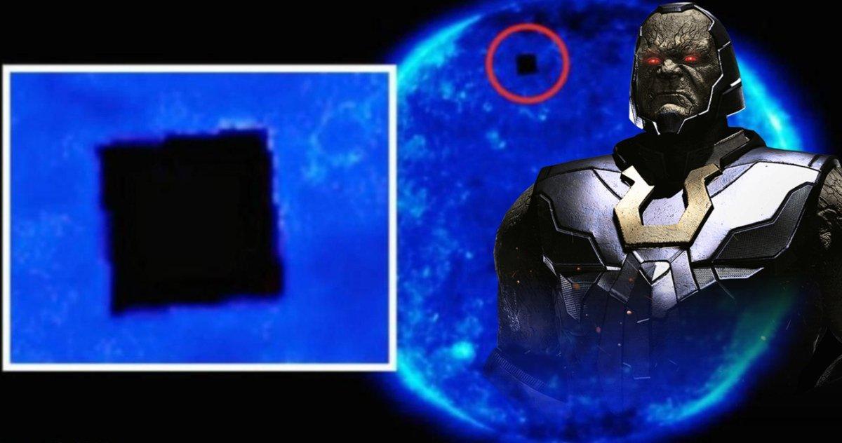 Les Observations De Cube Extraterrestre Obtiennent Une Grande Réaction De
