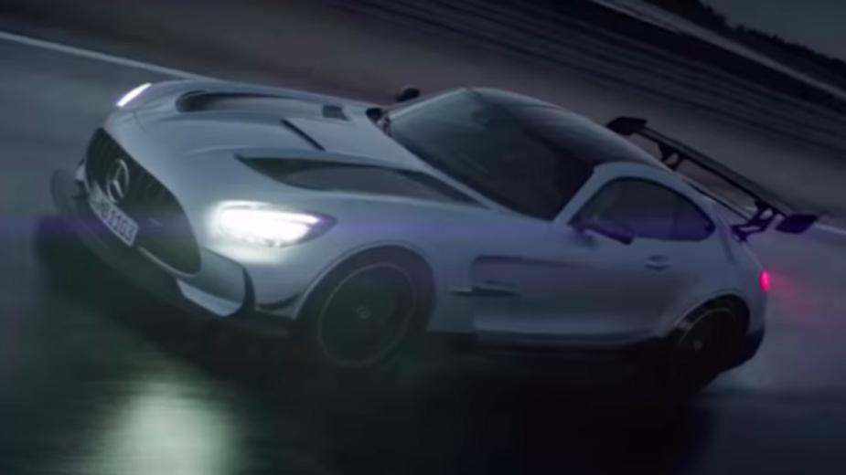 Maintenant C'est Officiel. Mercedes Amg Gt Black Series Attendue Dans Une