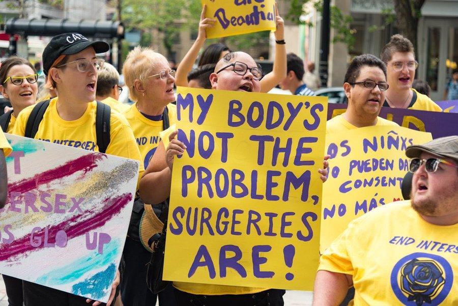 Un Grand Hôpital Pour Enfants S'excuse Pour Les Chirurgies Génitales