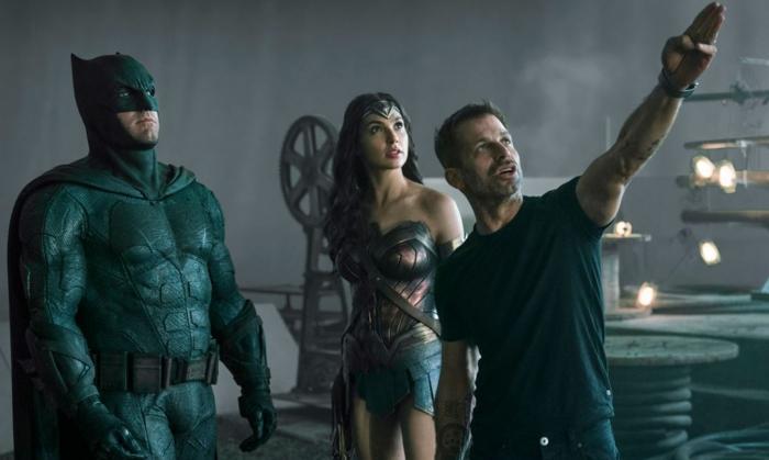 Zack Snyder Suggere Green