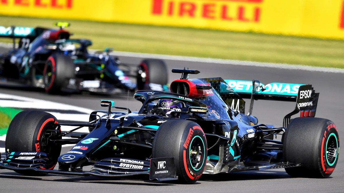 Hamilton Prend La Pole De Silverstone: Mercedes Démonte Le Reste,