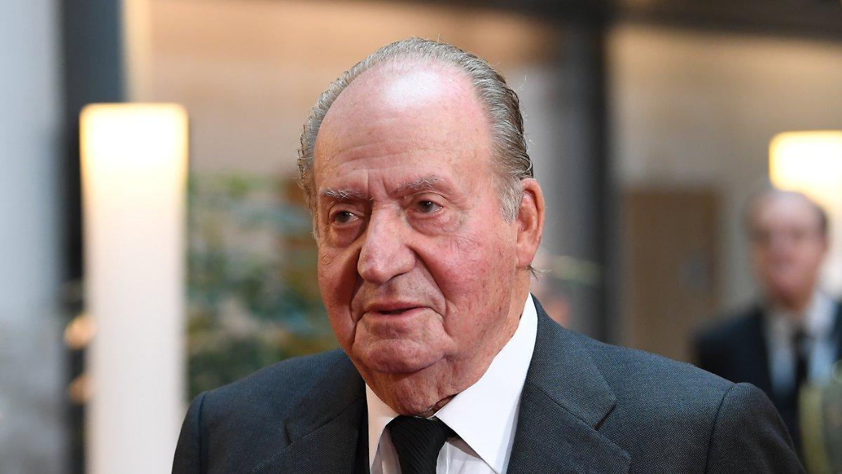 Royal Soupçonné De Corruption: Juan Carlos Disparaît En Exil