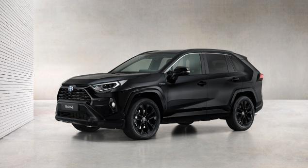 Le Toyota Rav4 Hybrid Reçoit La Série Black Edition