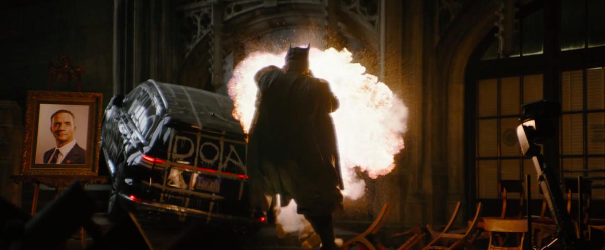 Une explosion dans une église de The Batman