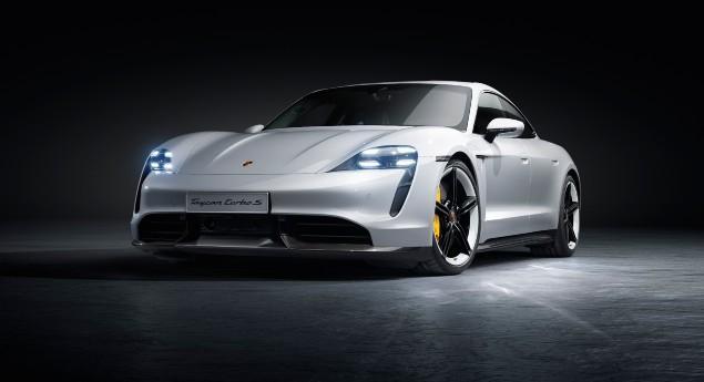 Arrive En Octobre. Porsche Taycan électrique Se Renouvelle Avec Des