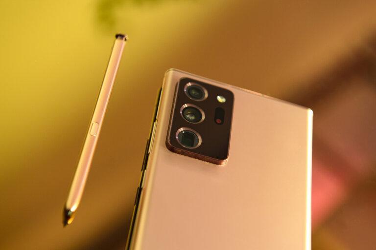 Iphone 12 Pro Max: Une Photo De Fuite Montre Des