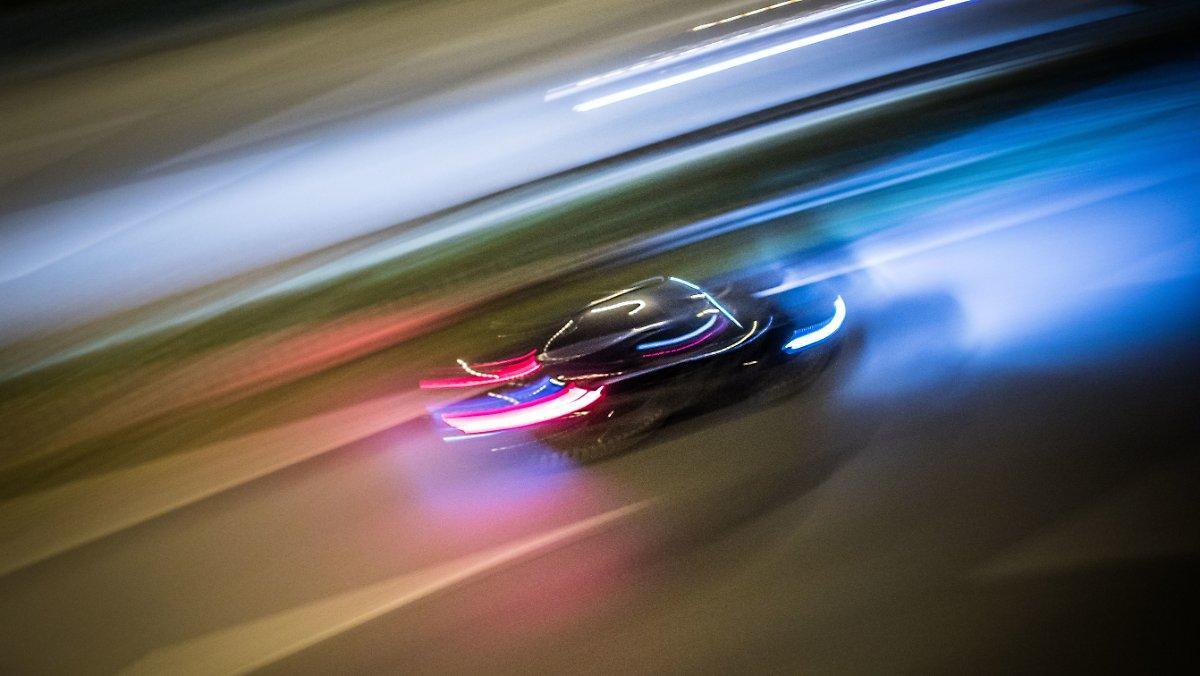 Course Illégale Présumée: Ferrari Déchirée Dans Un Accident De Speeder