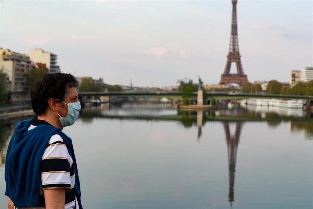 L'allemagne Déclare Paris Et La Côte D'azur Zones à Risque