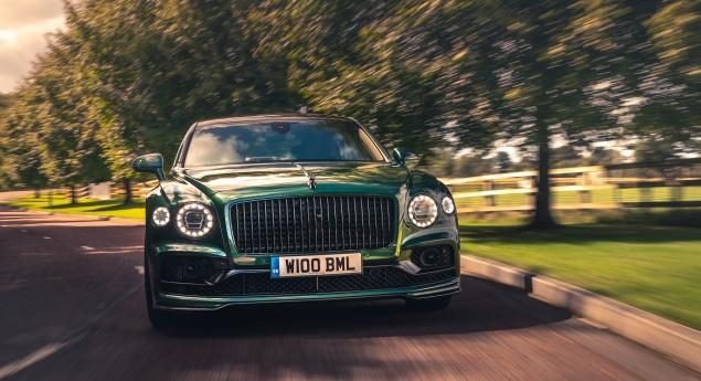 Bentley Flying Spur Reçoit Un Pack De Style Plus Sportif