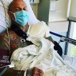 Corey Hart à La Clinique: Inquiétude Pour Le Mari De