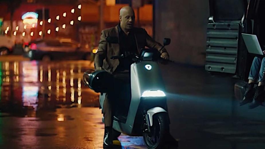 Vin Diesel Fuyant Les «méchants» De L'accélération électrique!?
