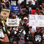 Manifestation à Washington: Des Dizaines De Milliers De Personnes Protestent