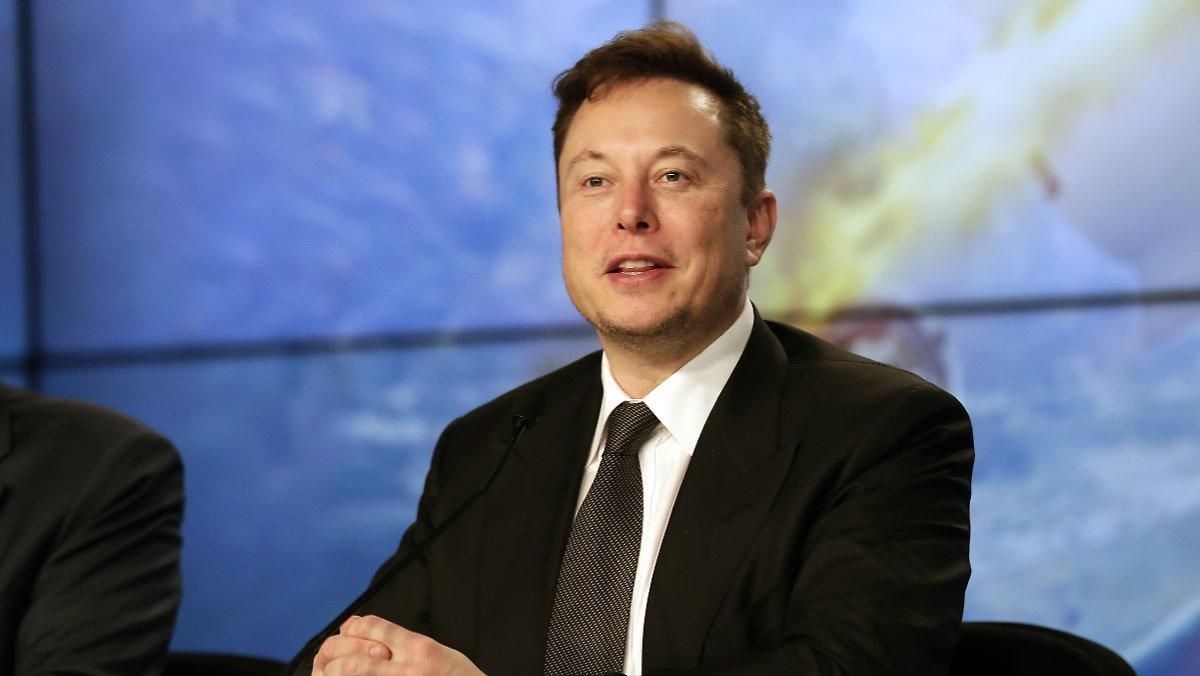 «c'est Comme Un Fitbit»: Musk Présente Un Implant Cérébral Intelligent