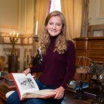 La Princesse Héritière Devient élève: Elisabeth De Belgique Entre à