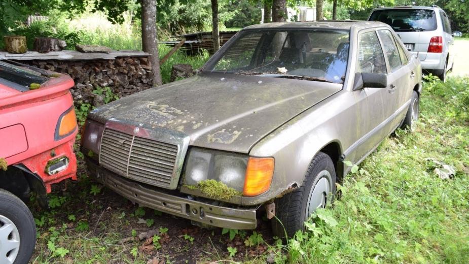16 Ans Se Sont Arrêtés. Cette Mercedes Benz 200d (w124) Tient Elle