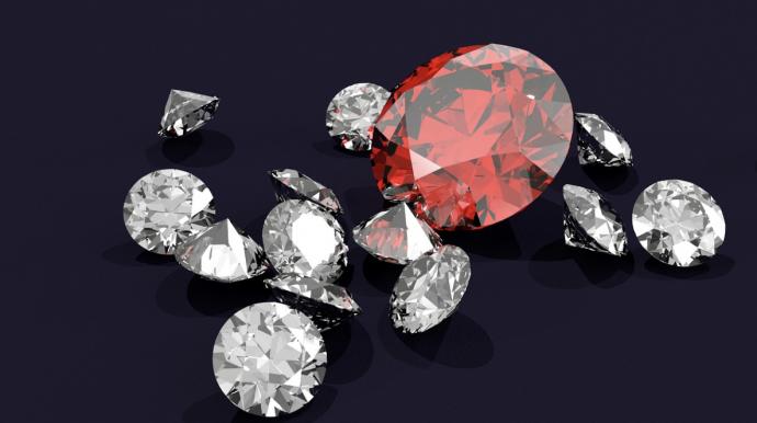 7 choses que vous devez savoir sur l'arnaque étourdissante du diamant
