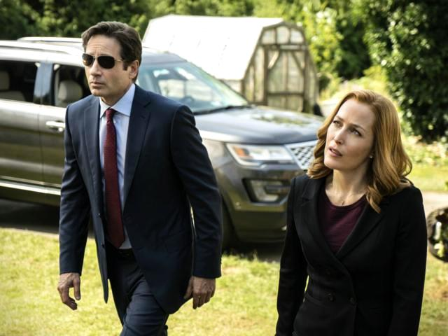 X-Files-Twentieth Century Fox Home Entertainment-X-Files_1005_081115_sc4243pt_0095_fDJ1_hires2_A4