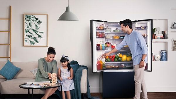 Les Réfrigérateurs Panasonic Alimentés Par Ia Garantissent Un Refroidissement Optimal