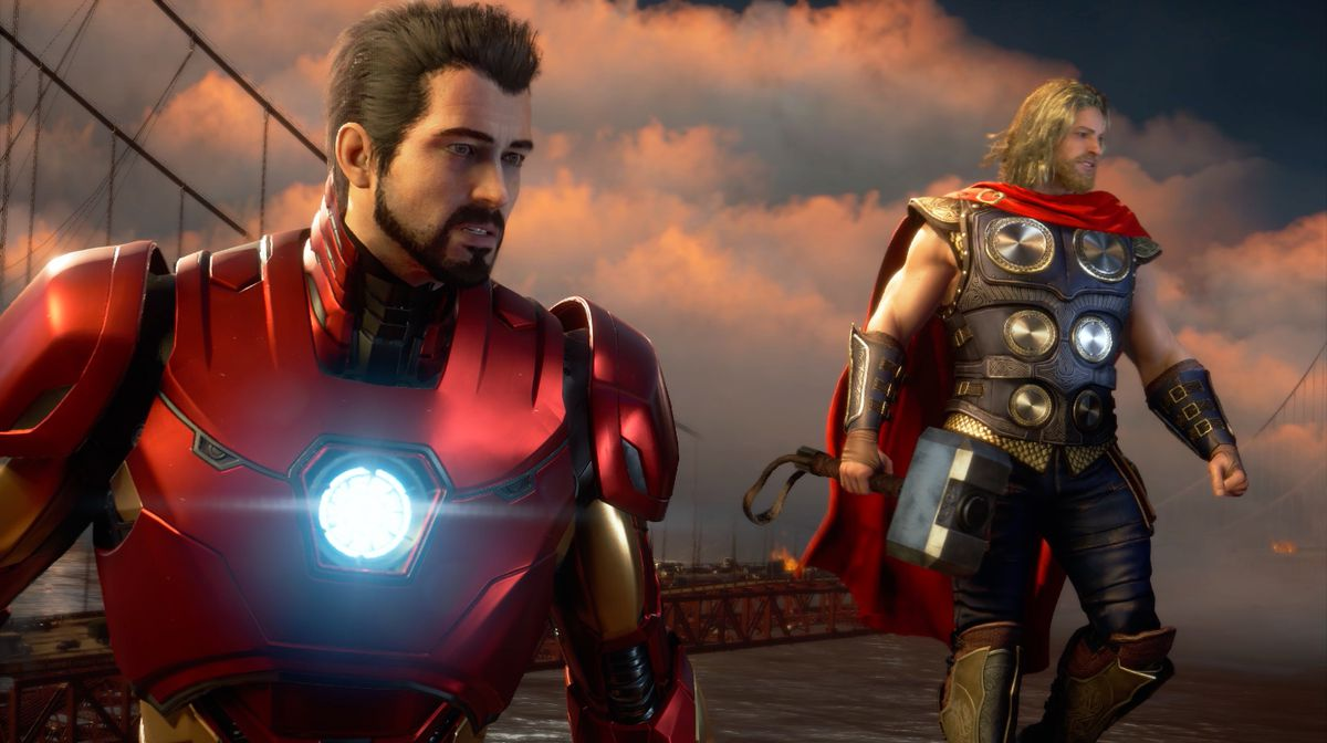 Iron Man et Thor planent près du Golden Gate Bridge dans une capture d'écran du jeu Marvel's The Avengers.