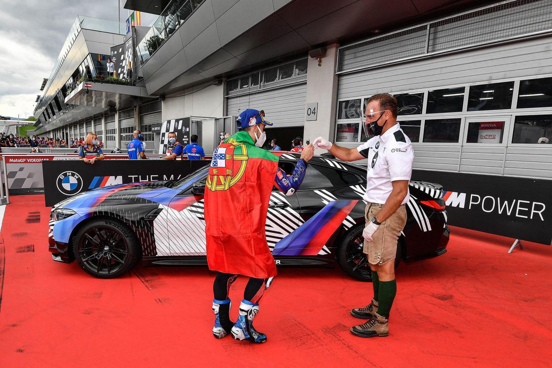 Miguel Oliveira et BMW M4 Coupé
