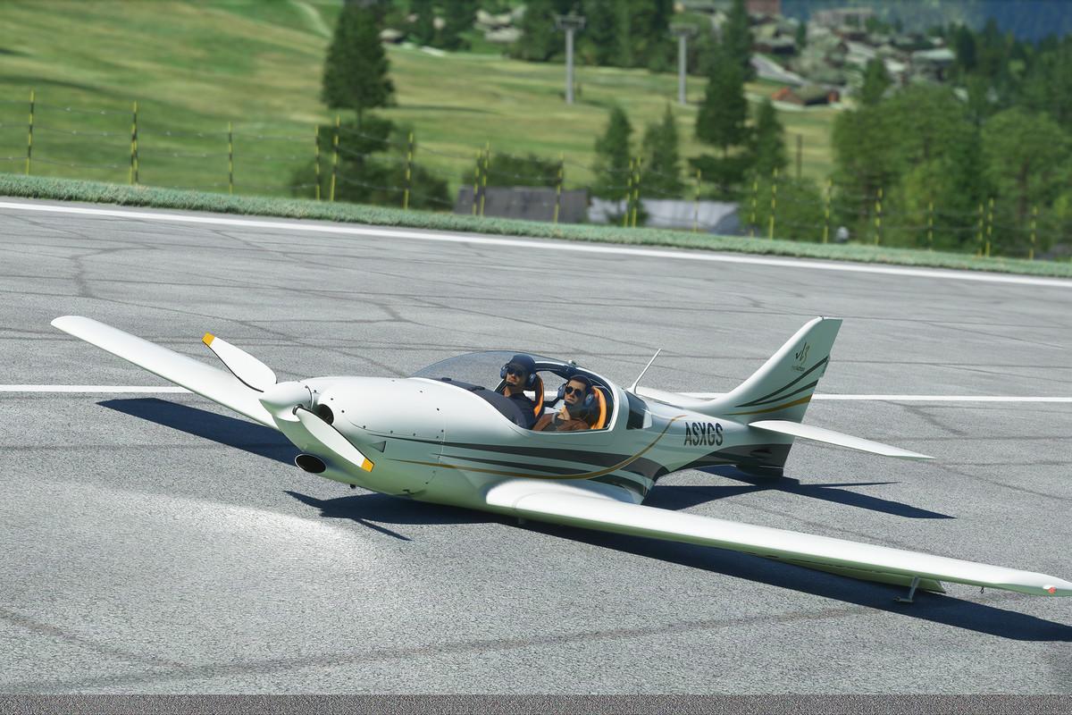 Un avion monomoteur a atterri sans train d'atterrissage.