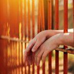 Une Femme Trans Poursuit La Prison Où Elle A été