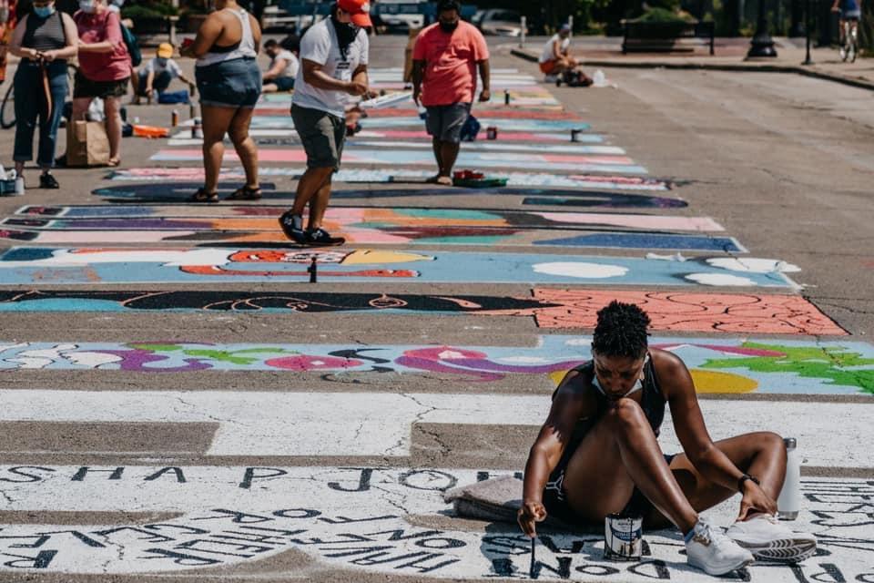 Une Fresque Murale Puissante Rappelle Les Transsexuels Noirs Perdus Dans