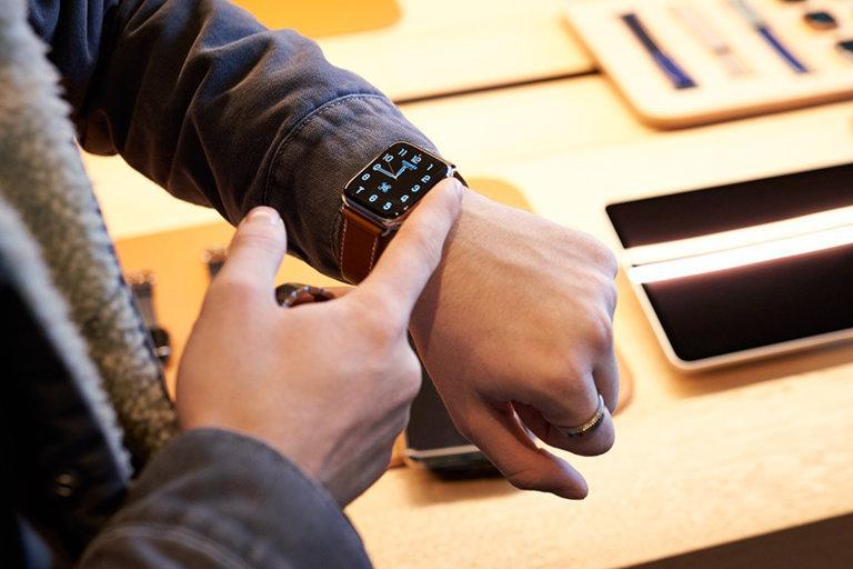 Iphone 12 Et Apple Watch 6: Le Calendrier De Sortie