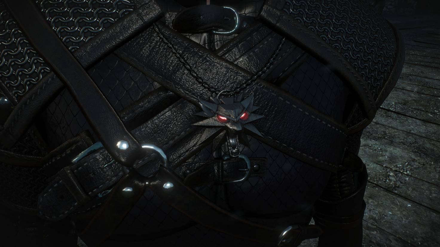 """Le médaillon avec la tête du loup est disponible dans les jeux """"The Witcher"""", ..."""