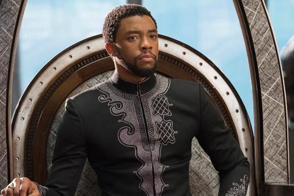 """""""panthère Noire"""" Star Chadwick Boseman Est Décédé à L'âge De 43"""