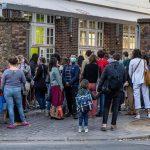 La France Envisage Des Abandons Pour Les Parents Si L'école