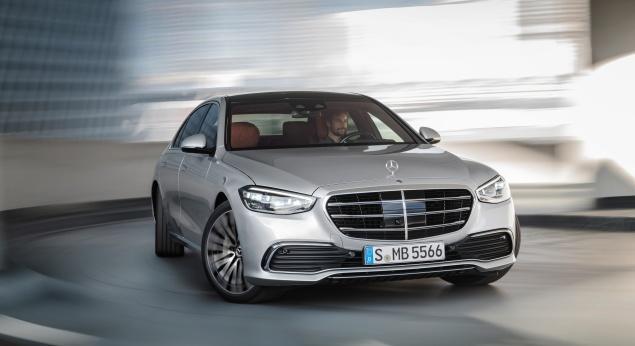 Nouvelle Mercedes Benz Classe S: combinaison De Technologie Et De Luxe