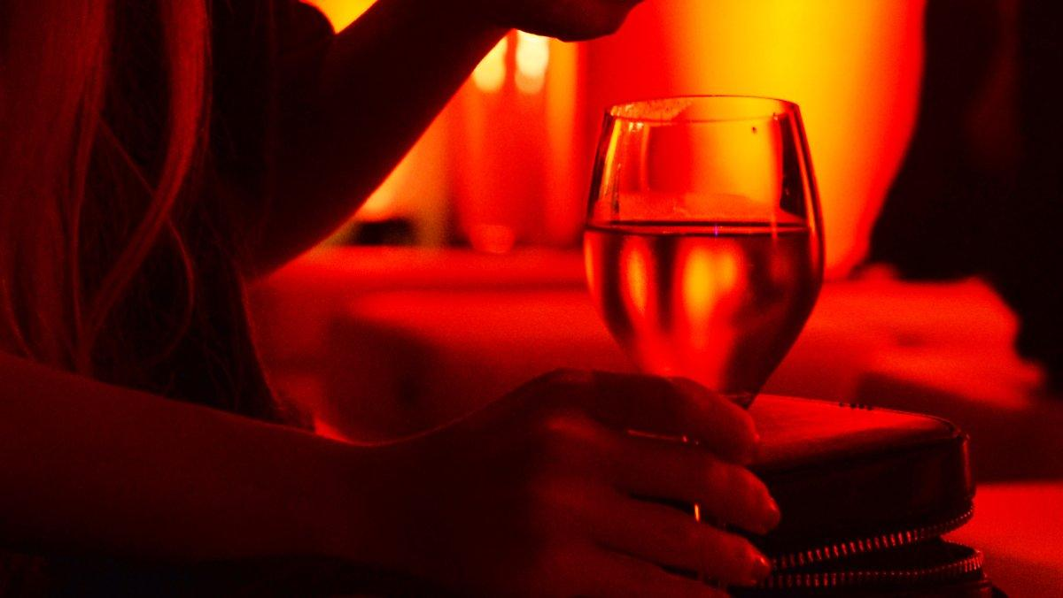 Des Cas Plus Actifs à Berlin: Une Fête Sexuelle Rend