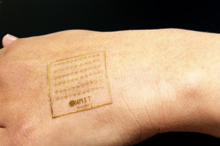 Ce cuir synthétique est capable de ressentir la pression et la chaleur pour reproduire la douleur, selon ses créateurs