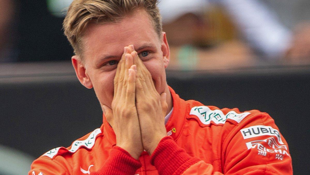Au Grand Prix De Toscane: Schumacher S'apprête à Faire Ses
