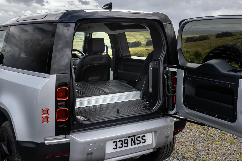 Le coffre du Land Rover Defender 90 X-Dynamic