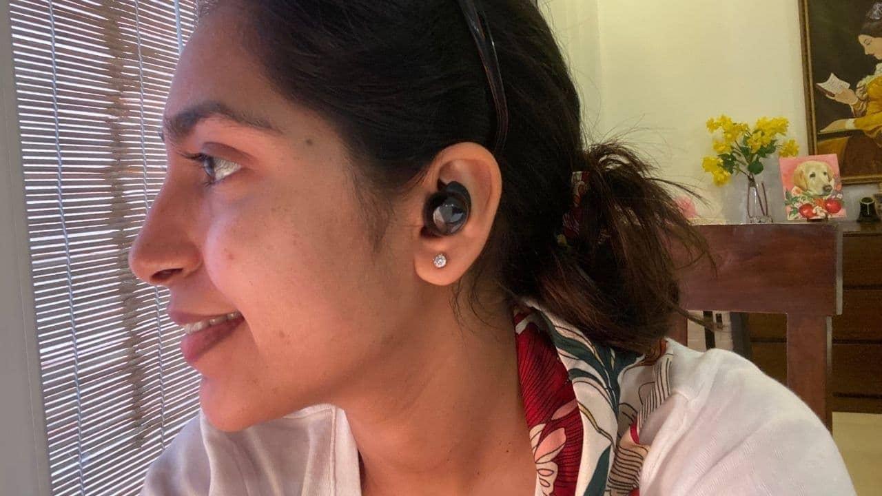 Les Buds + s'adaptent parfaitement à l'oreille.  Image: tech2 / Nandini Yadav