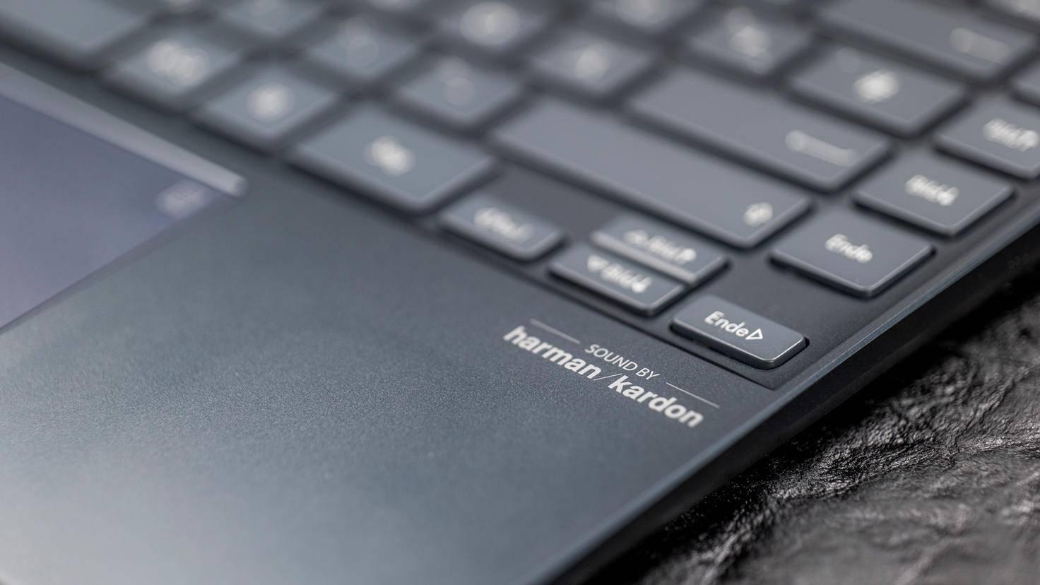 ZenBook-UX325J-13-2020-11