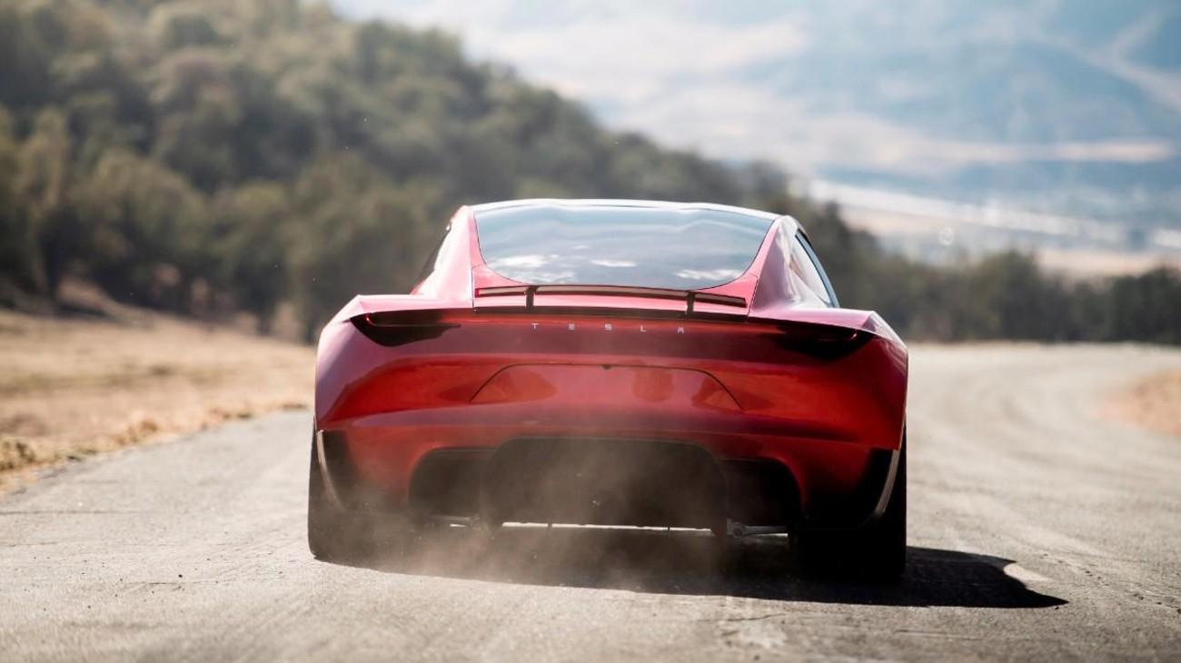 Bien que déjà trois ans, les spécifications annoncées en 2017 pour le Roadster continuent d'impressionner
