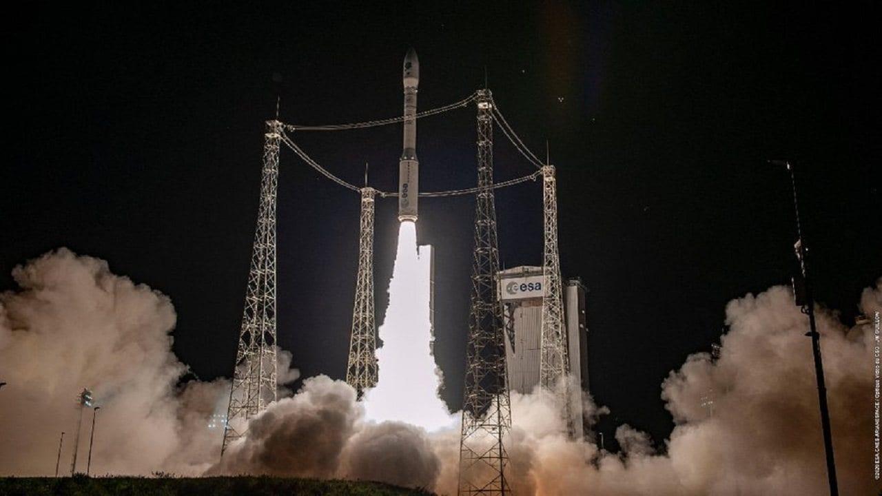 Après Avoir été Repoussée Quelques Fois, La Fusée Vega De