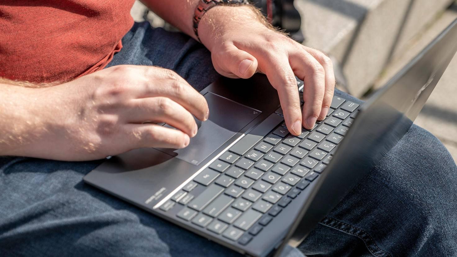 ZenBook-UX325J-13-2020-3