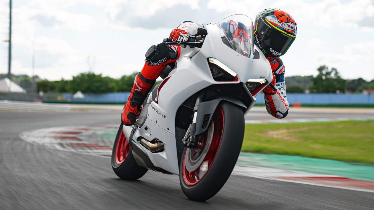 Ducati Panigale V2, La Première Moto Bsvi De La Société